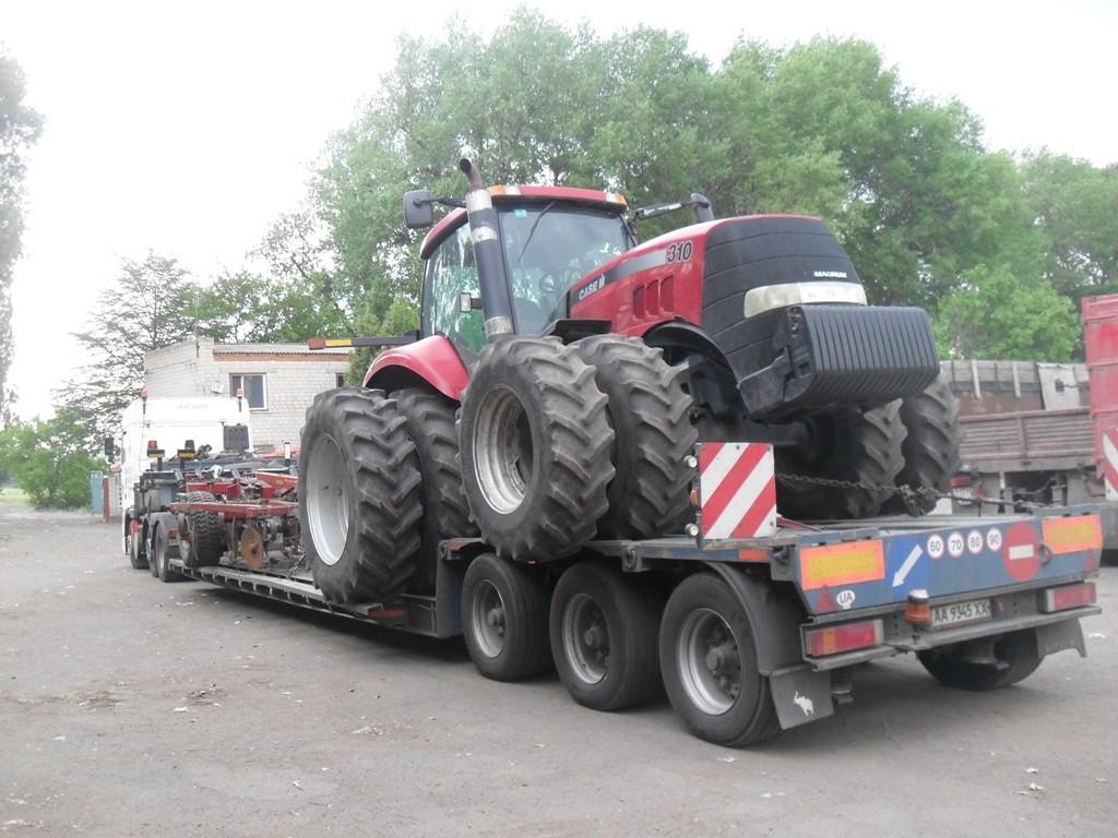 Перевозка-трактора-Case-и-культиватора